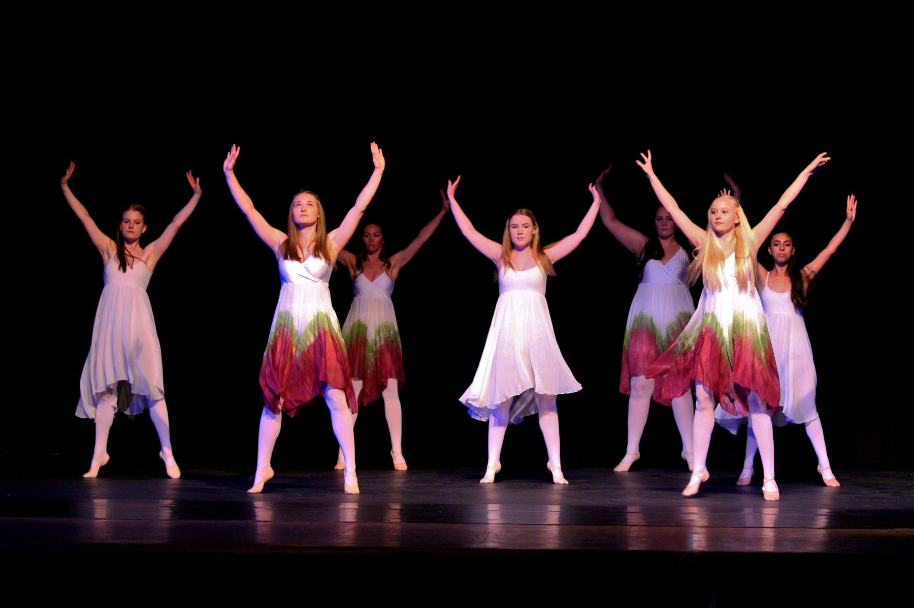 Contemporary Ballet 7