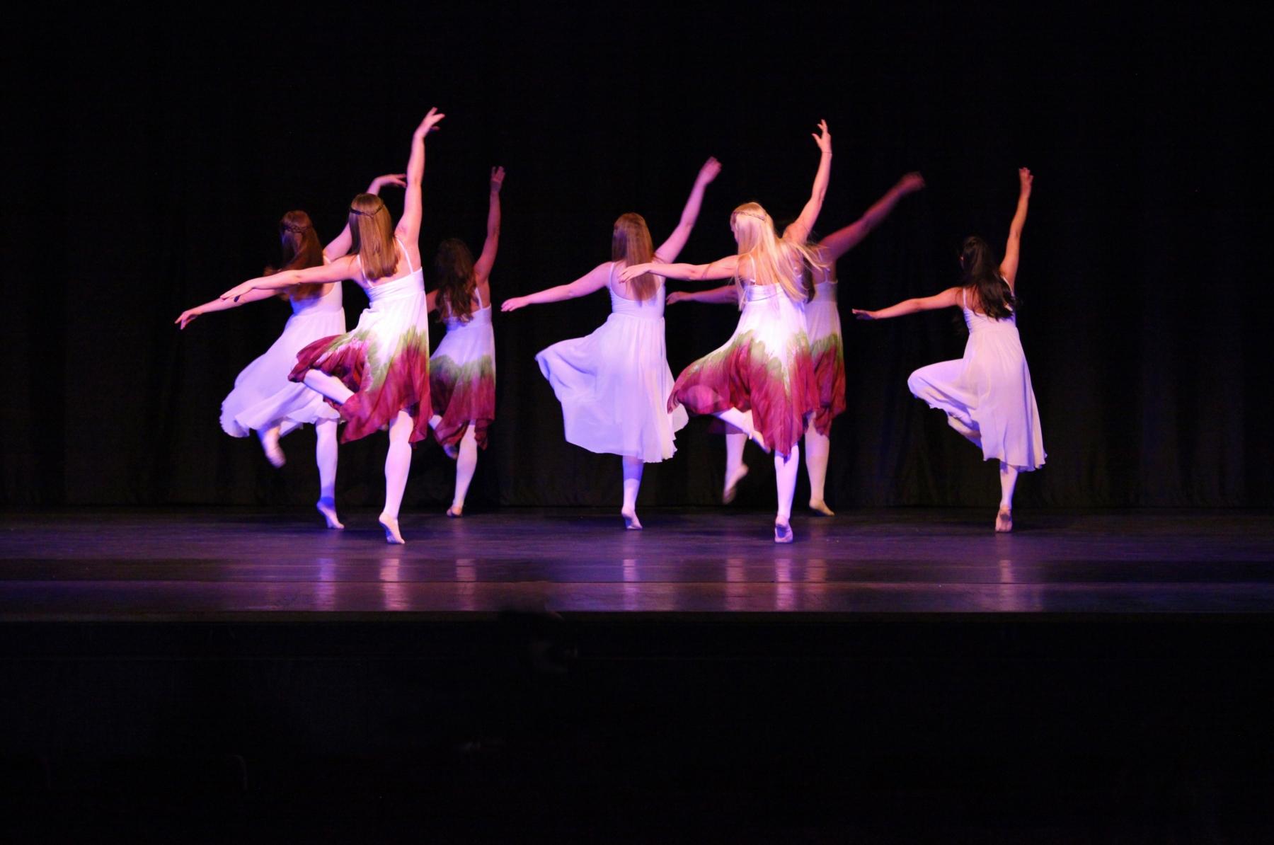 Contemporary Ballet 9