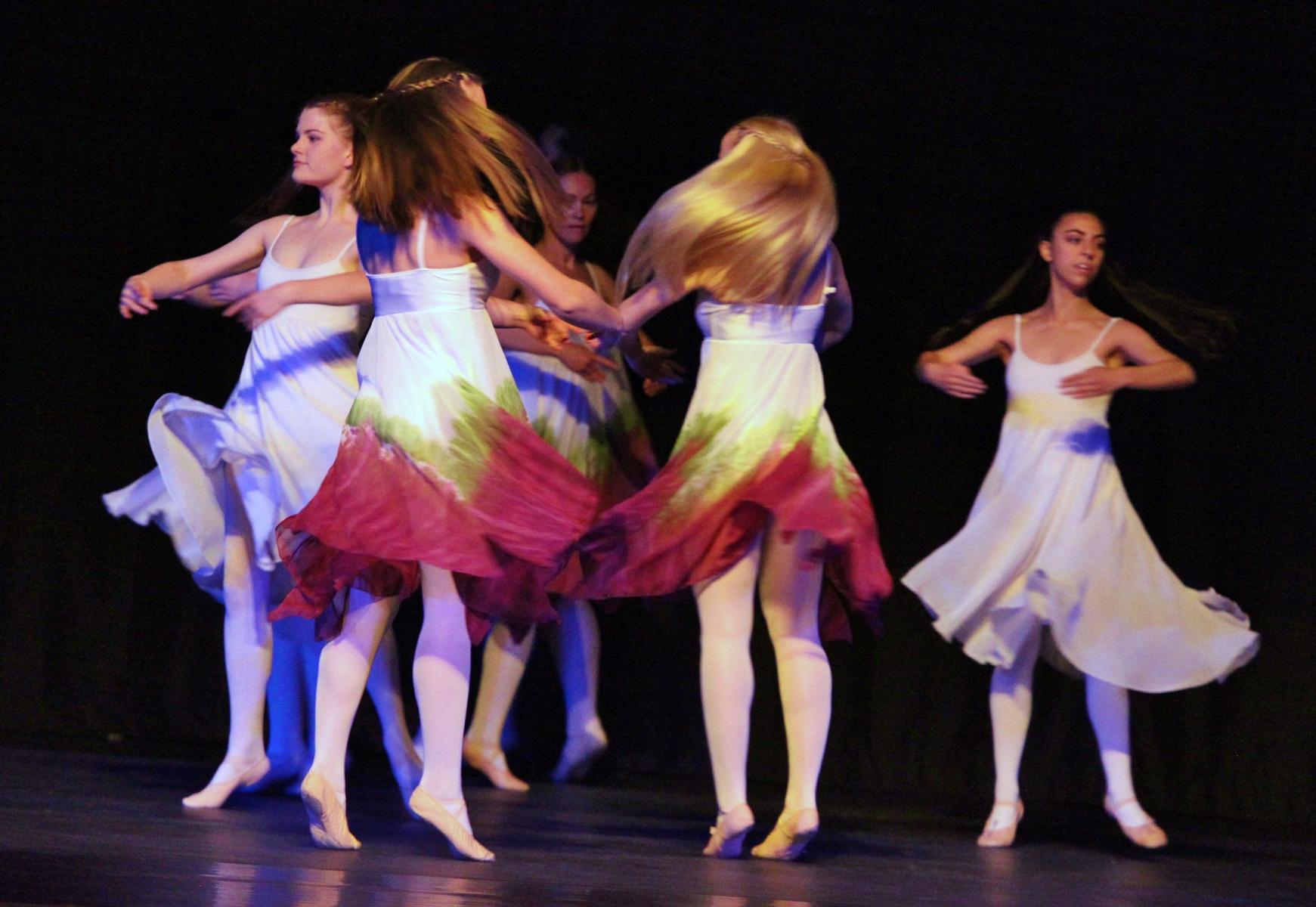 Contemporary Ballet 14
