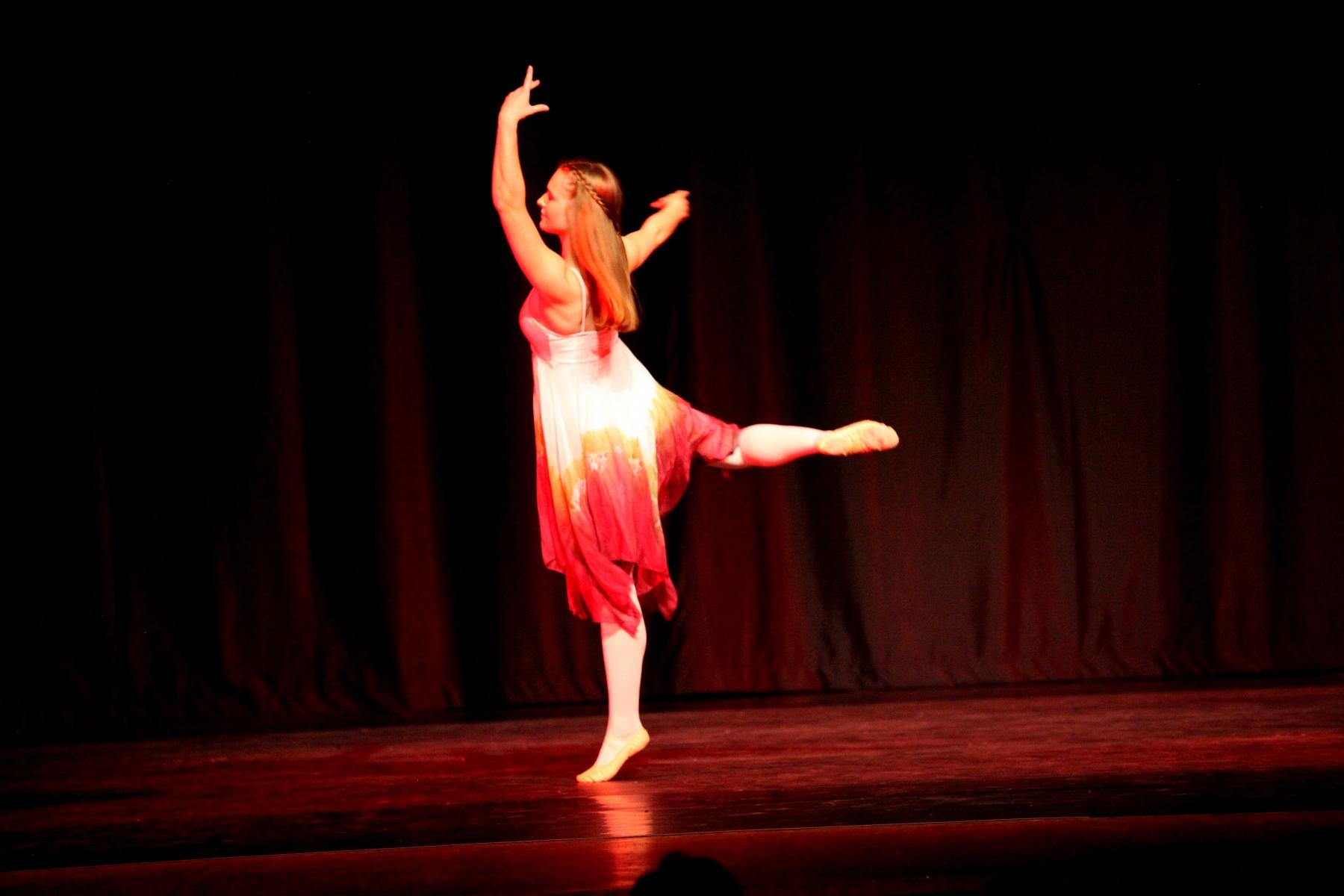 Contemporary Ballet 3