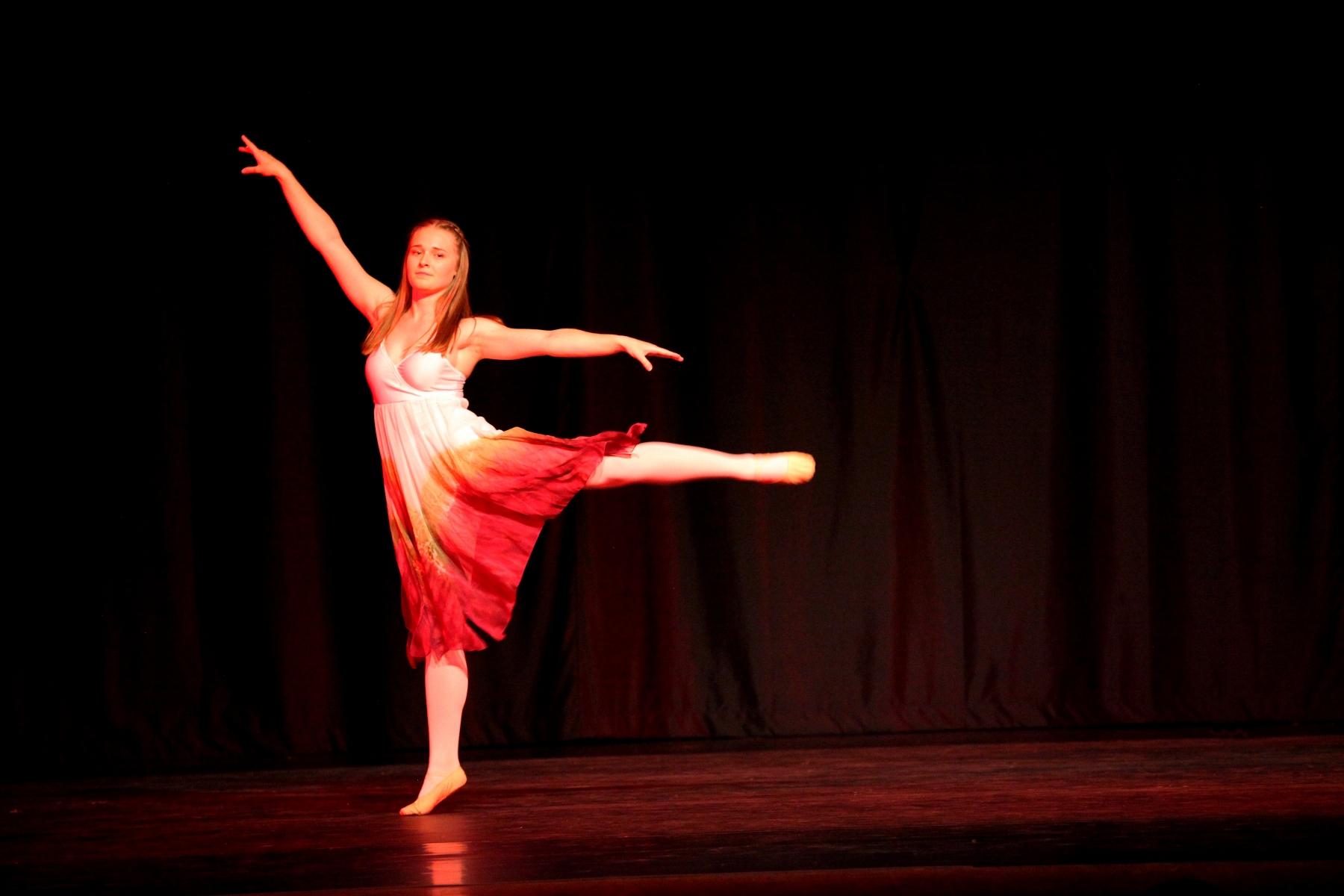 Contemporary Ballet 5